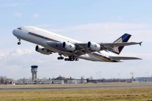 Plane-landing-at-Vilnius-airport