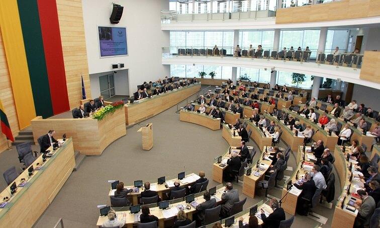 Правительство Литвы согласилась на упрощенный порядок предоставления им временного проживания